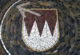 IMG_0052-Wappenmosaik-vor-B