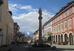 Markt Murnau Blick auf das Wettersteingebirge